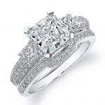 18k White Gold  Prong Set Three Stone Diamond Bridal Set