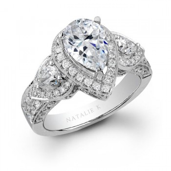 18k White Gold Pear Shaped Side Stone Diamond Engagement Ring