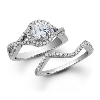 18k White Gold Elegant Prong Diamond Bridal Set